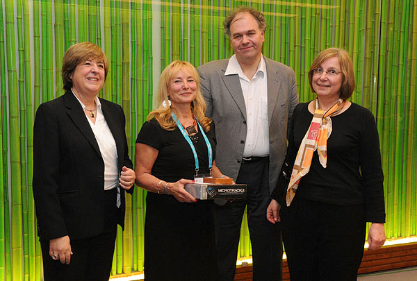 Hélène Ormières, Nicolas Mersch and Odile Lausecker (right) after receiving their prizes from Maruja Gutierrez-Diaz from the European Commission (left)